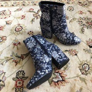 Merona Arie Denim Blue Paisley Metallic Booties